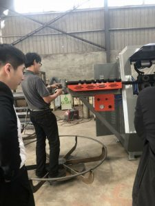 Kunden besuchen fabrik